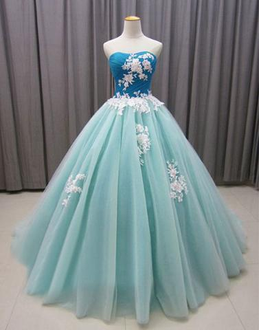 Sweetheart Neckline Ball Gown Prom Dress with Appliques Lace