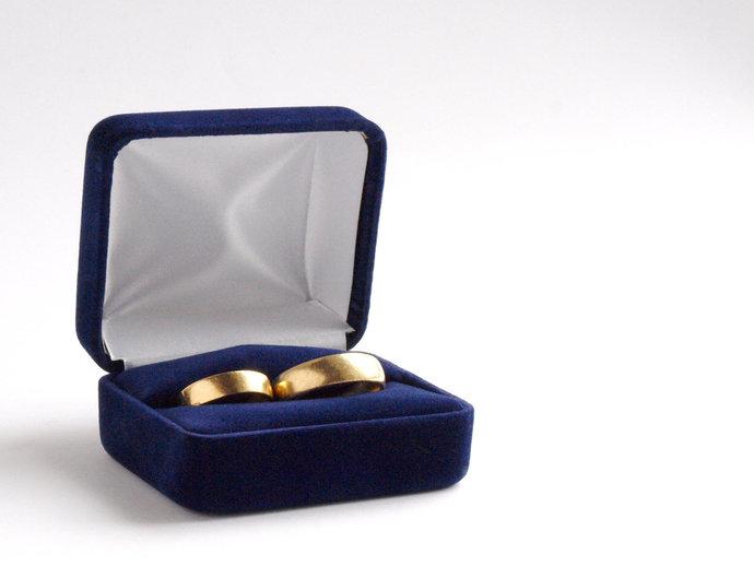 Blue Velvet Ring Box, Wedding Ring Box for by Pink Burlesque on Zibbet