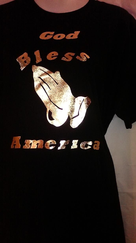 14 kt Gold Metallic Printed - White T-Shirt  (unisex)