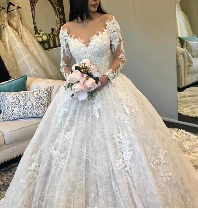 Sexy Lace Appliques Ball Gown Wedding Dress, Tulle Bridal Dresses