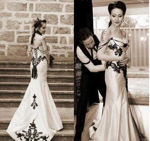 d7ea293b949 Vintage Classic Gothic Wedding Dress Black and White Wedding Dresses  Sweetheart