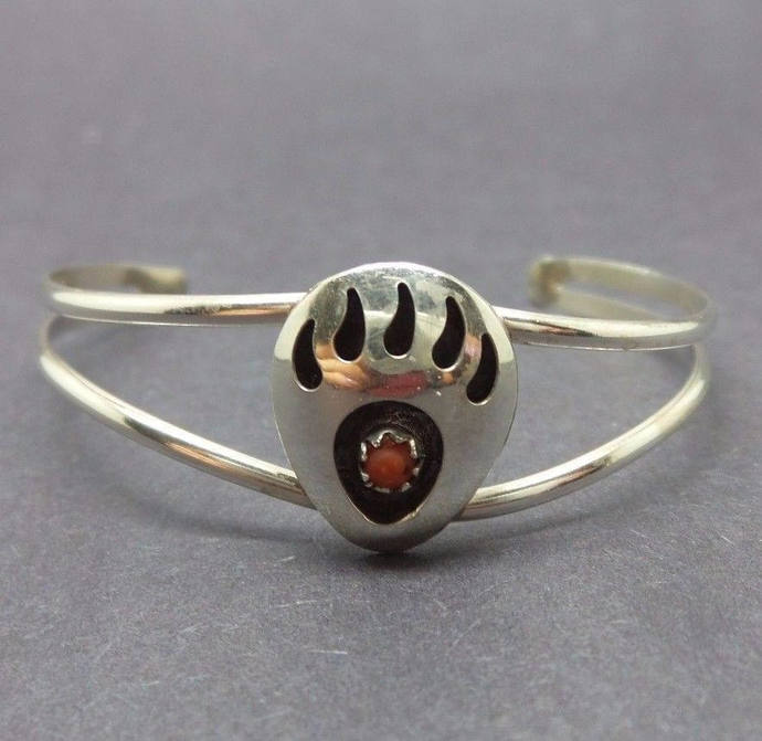 Vintage Sterling Silver Small Youth Native American Bear Claw Cuff Bracelet 5