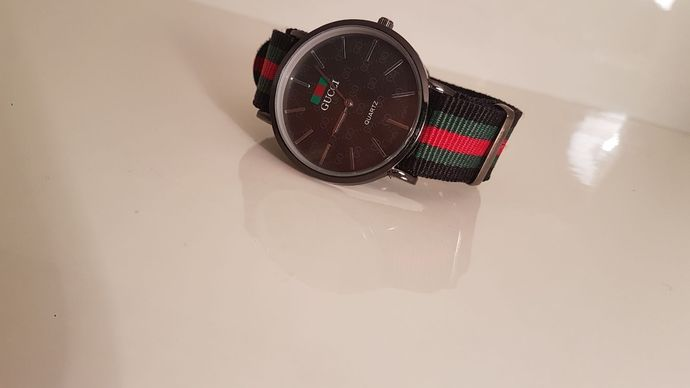 Rare Gucci Watch Men's Women Great Desing  Honest Watch