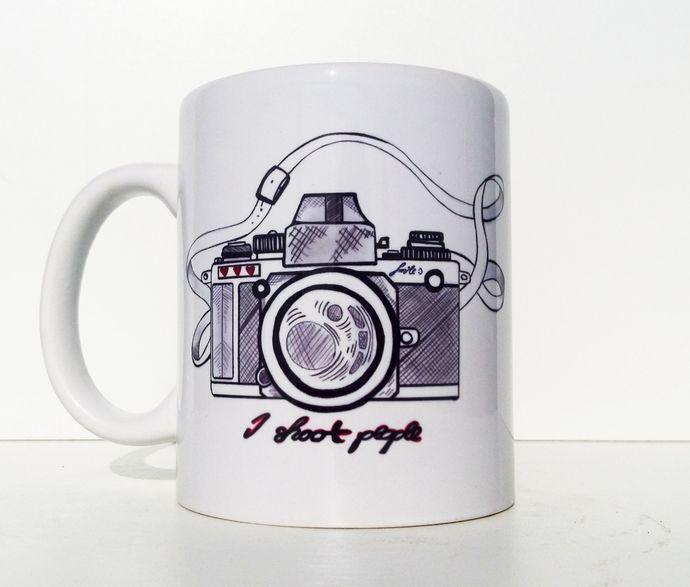 i shoot people photography gift coffee mug by balumba art on zibbet