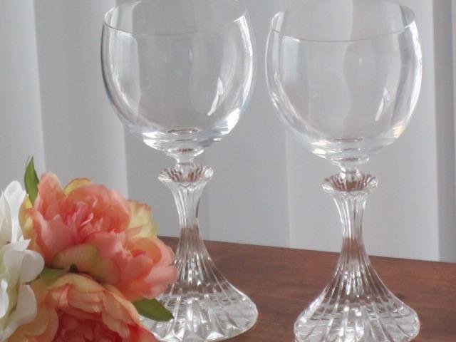 glasses, drinking glasses, celebration glasses, toasting glasses, party glasses,