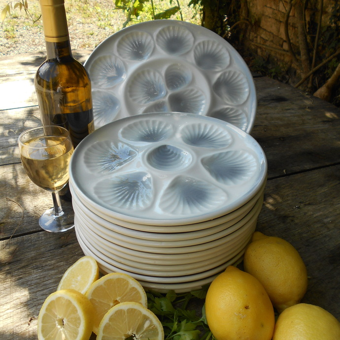 FULL SET French Scallop/ Oyster/ Clam Serving Platter and TWELVE Plates. Dove