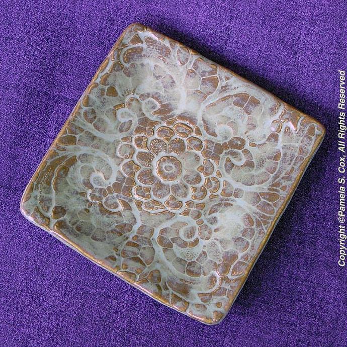 Square Creamy Lace Stoneware Plate