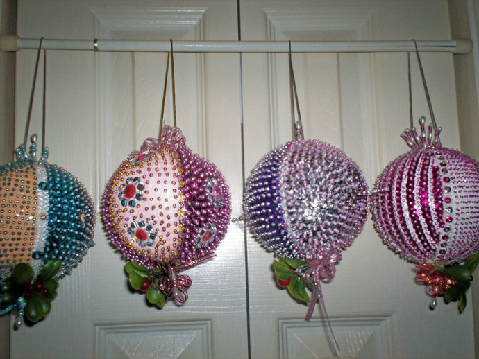 Christmas Mistletoe Hanging Large Ornament Various Colored Sequins 12 Inch In