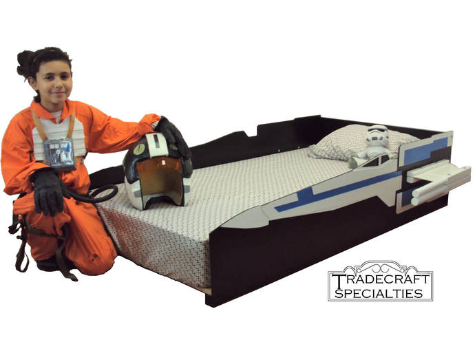 X-wing T-70 starfighter twin kids bed frame - handcrafted - space and futuristic