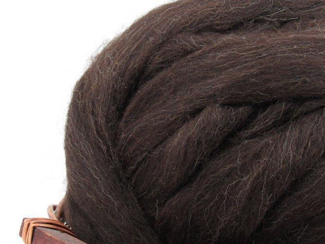 Black Welsh Wool Top Roving - Undyed Natural Spinning & Felting Fiber / 1oz