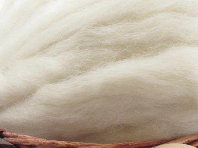 White Gotland Wool Top Roving - Undyed Natural Spinning & Felting Fiber / 1oz