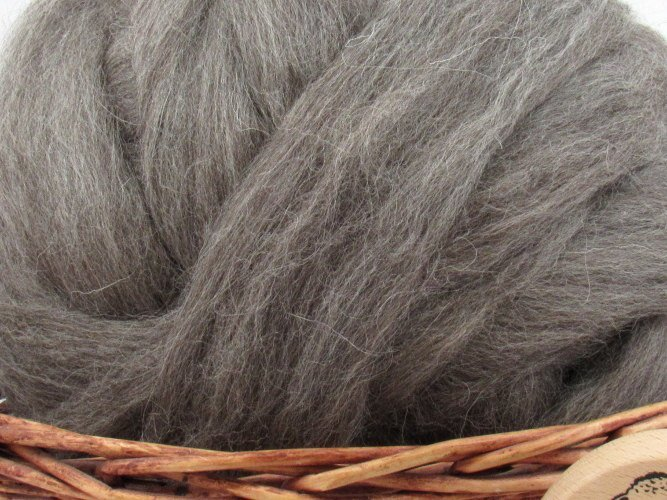 Dark Grey Masham Wool Top Roving - Undyed Spinning & Felting Fiber / 1oz