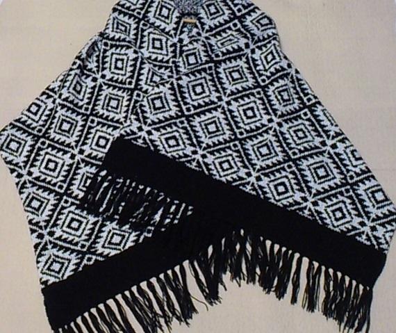 Scandinavian style, women's knitted scarf, big scarf, merino wool scarf, woman
