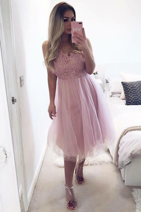 A-Line V-Neck Knee-Length Pink Tulle Homecoming Dress with Lace Party