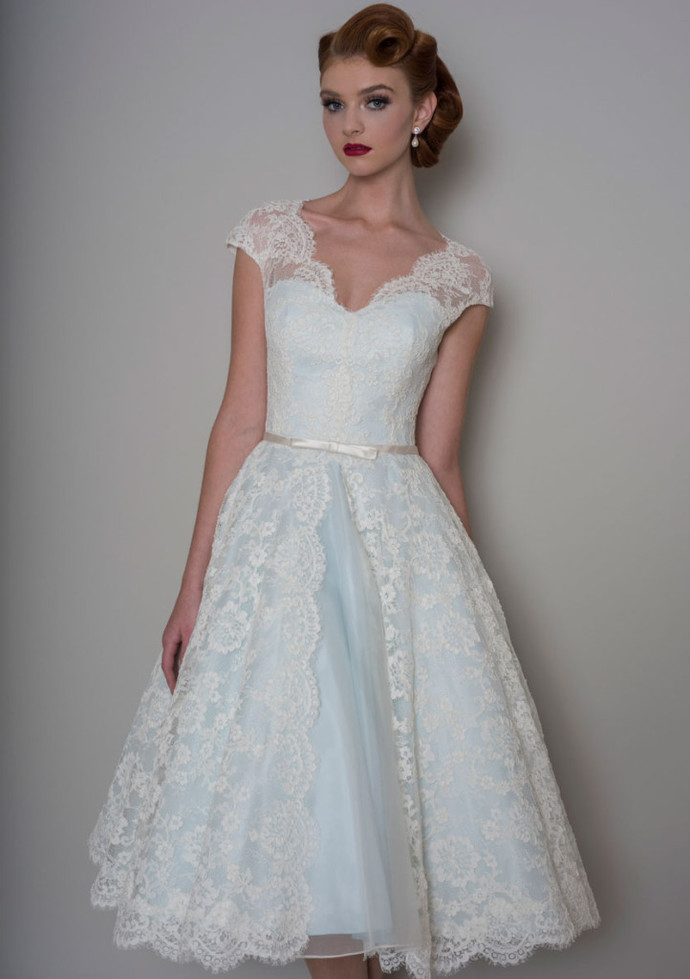 Tea Length Vintage Lace Wedding Dresses