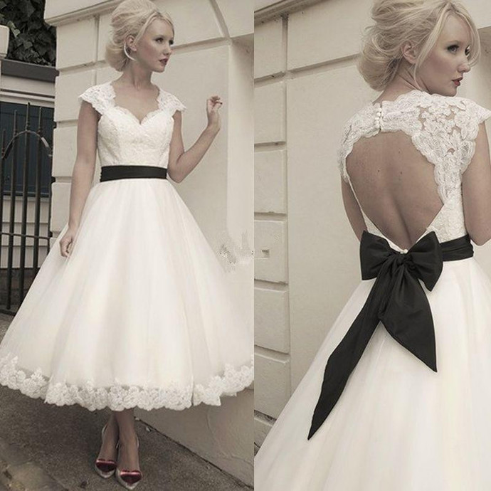 Ivory Lace Vintage Wedding Dress With Black By Prom Dresses On Zibbet