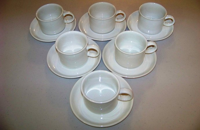 Stonehenge White Midwinter England 6 Cups & Saucers