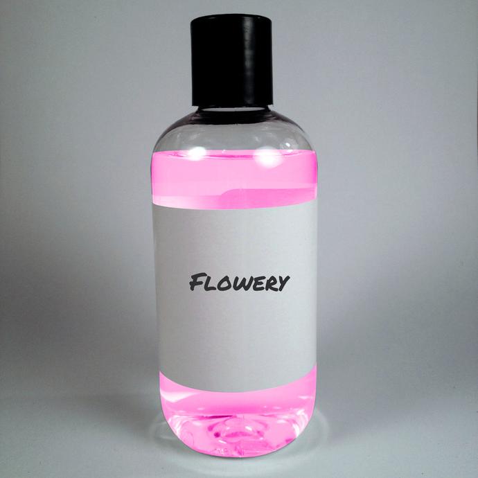 Flowery (Compare to Flowerbomb®) Viktor & Rolf® type Vegan Cruelty Free Shampoo