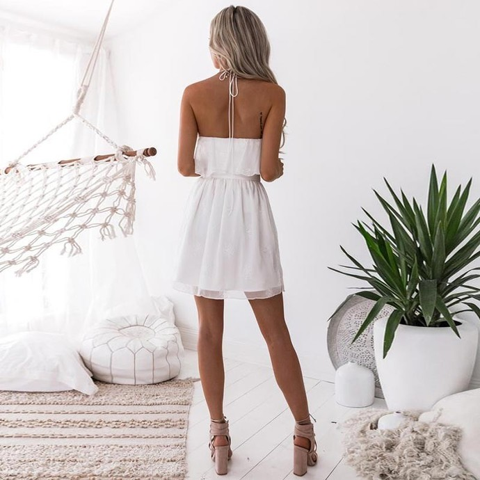 A-Line Halter Short White Homecoming Dress with Appliques