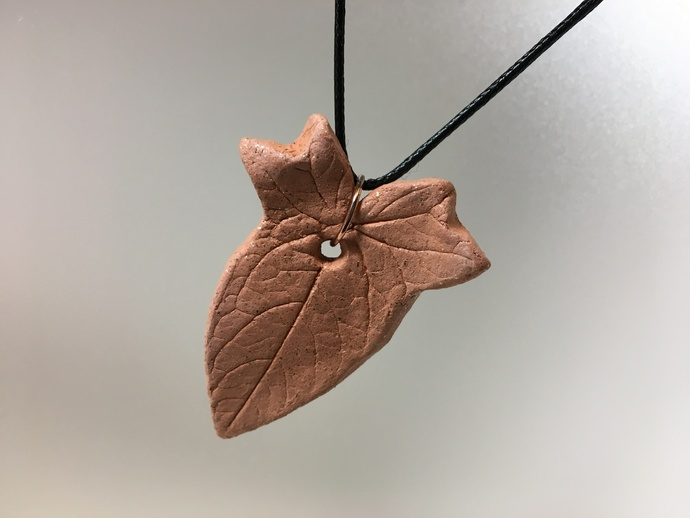 Essential Oil Clay Diffuser Pendant, Mica Clay, Leaf Shape, Micaceous Clay, Car