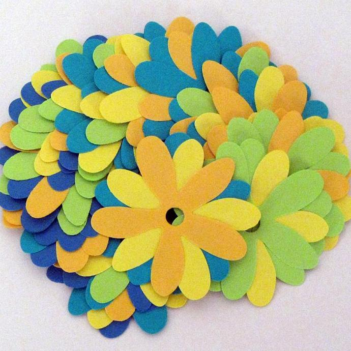 Beautiful Paper Flowers in Happy Colors for Crafting