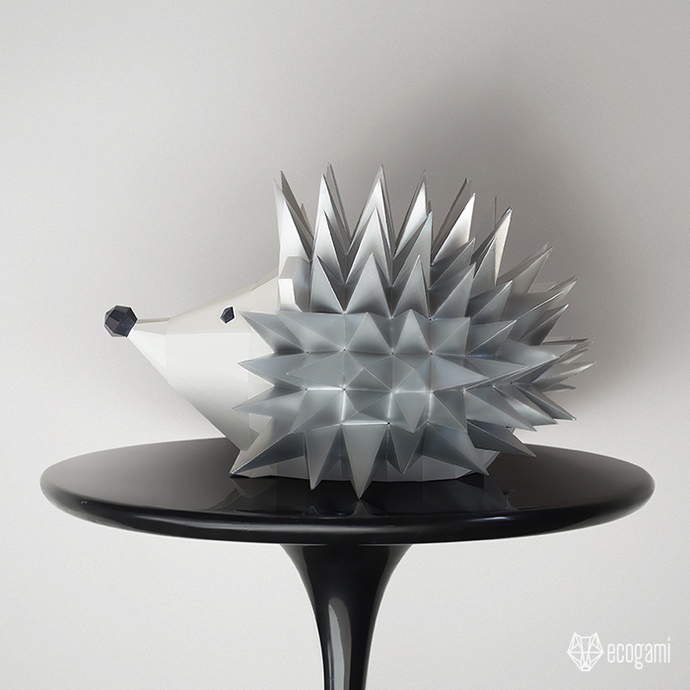 Make your own papercraft hedgehog sculpture | DIY 3D papercraft animal |