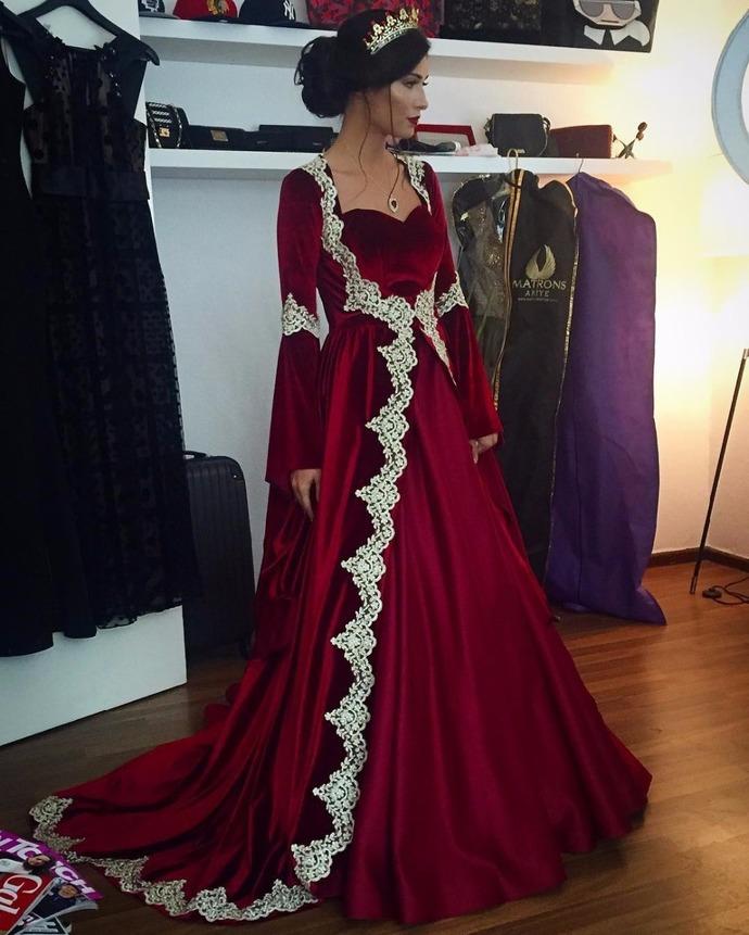 f6988a95a40 burgundy prom dresses