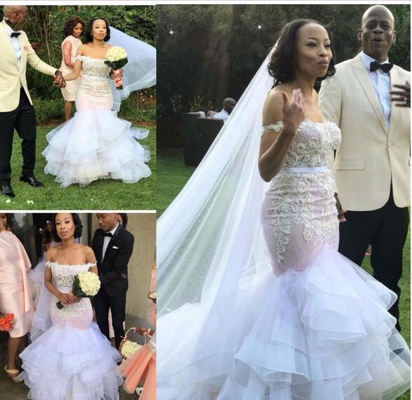 2019 Pink Mermaid Wedding Dresses Off Shouldeer Lace Appliques Beaded Tiered