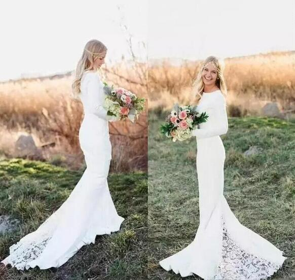 White Beach Bohemian Mermaid Wedding Dresses Lace Appliqued Long Sleeves Sweep