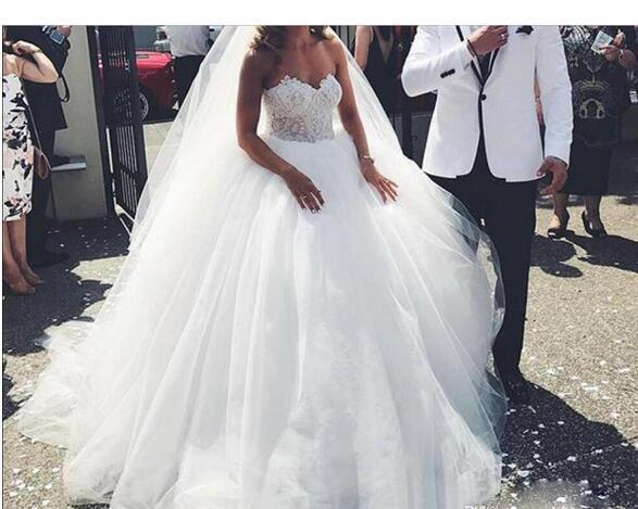 Lace Wedding Dresses 2018 Sweetheart Backless Appliques Ball Gown Plus Size  Ivory Floor Length Bridal Gowns Vestidos De Noiva