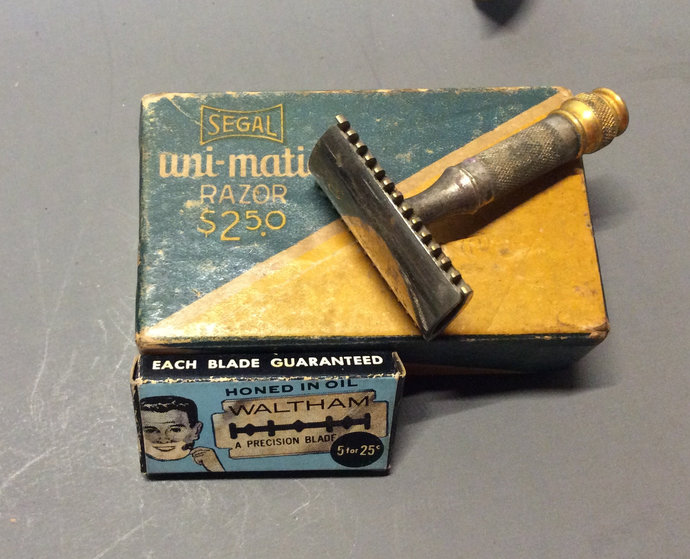 Vintage Gillette Safety Razor Waltham Blades Segal Box