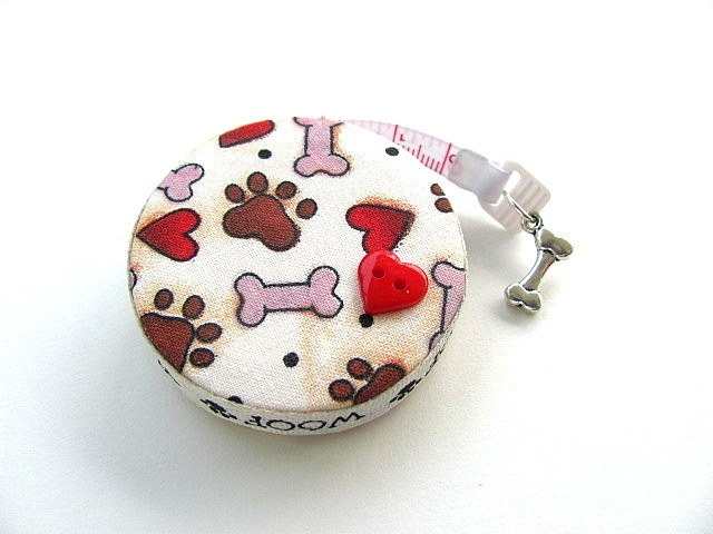 Measuring Tape Dog Bones and Paws Retractable Tape Measure