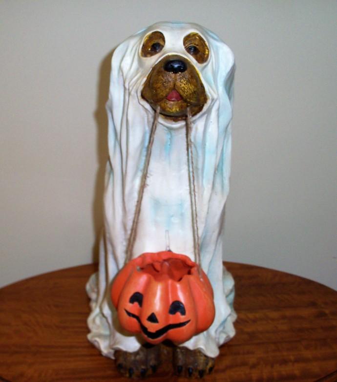 Cracker Barrel Trick or Treat Large Ghost Dog