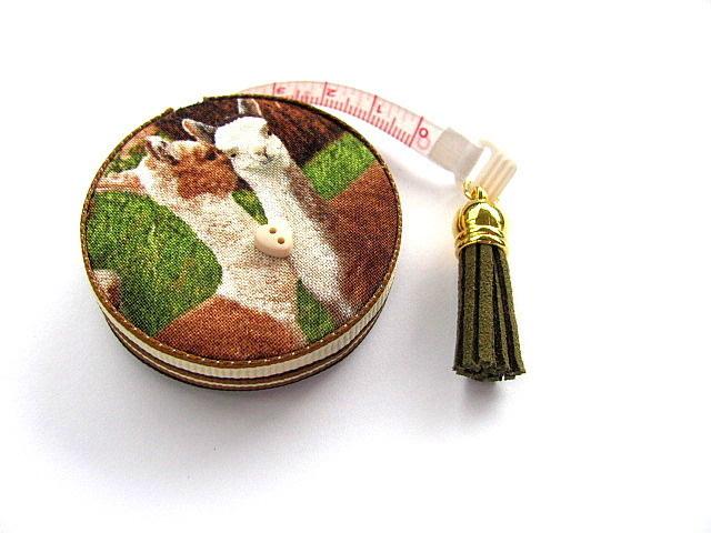Tape Measure Realistic Alpacas Retractable Measuring Tape