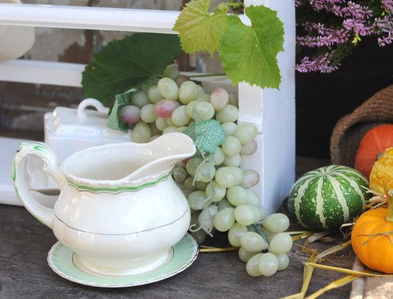Charming Antique GRINDLEY England Milk jug / Pitcher. Antique Kitchen decor.