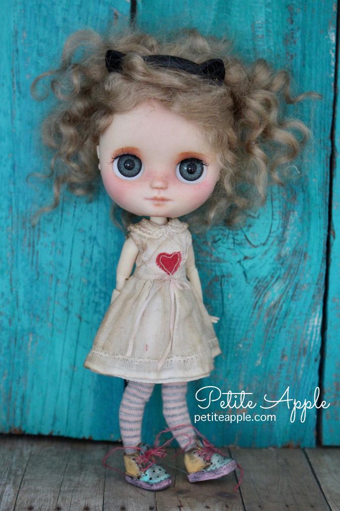 Vintage heart dress for MIDDIE Blythe doll