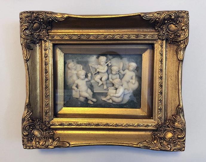 vintage alabaster relief shows angels, cherubs * Free Air Shipping Worldwide