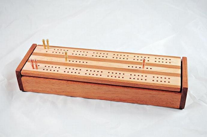 Dual Deck Wood Cribbage Board Box - Khaya & Hard Maple