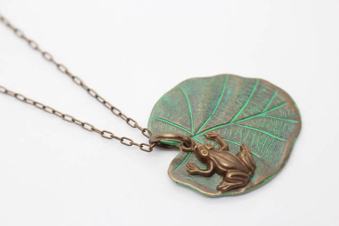 Vintaj Lily Pad Frog Pendant