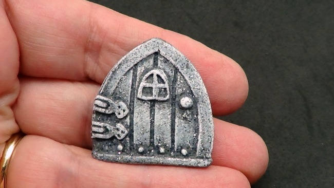 Tiny Fairy/Faerie Door Cabochon or Bead - Faux Gray Basalt Rock
