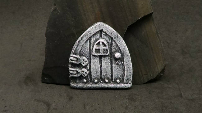 Tiny Fairy/Faerie Door Cabochon or Bead - Faux Gray Basalt Rock