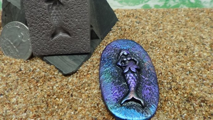 Mold - Mermaid holding Starfish - with textured background - Polymer Clay