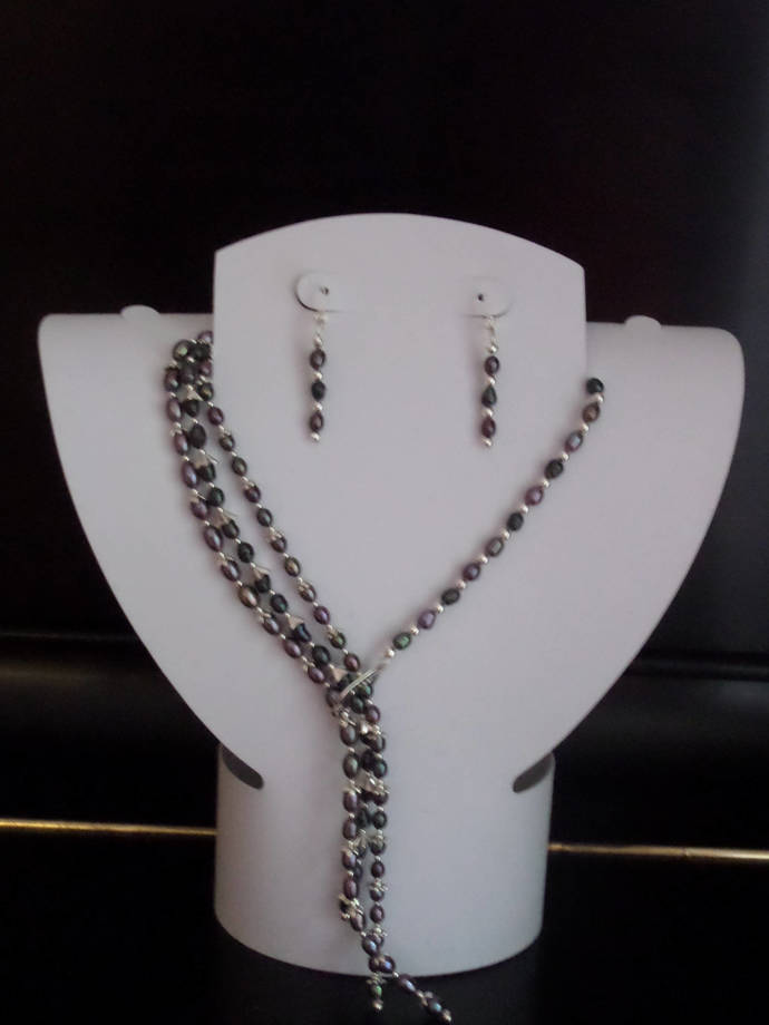 Triple Strand Cultured freshwater plearl necklace set