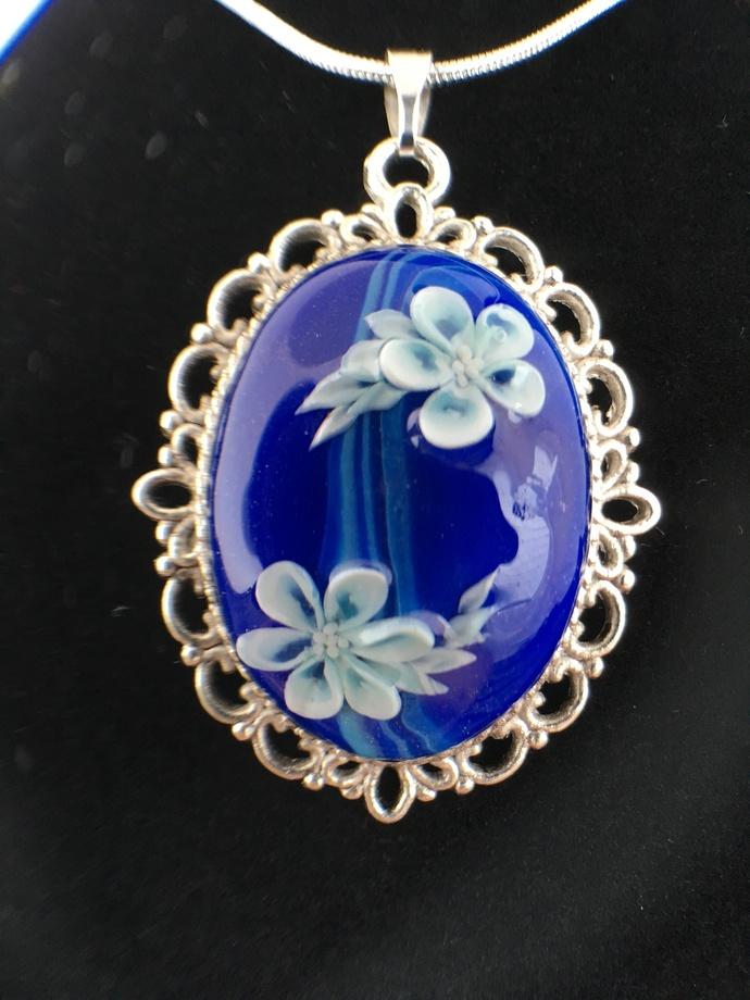 Floating white flower pendant 1