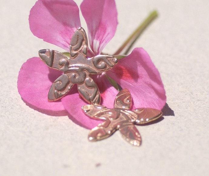 Lotus Flower Pattern Small 5 Petal Flower 20mm 20g for Blanks Enameling Stamping