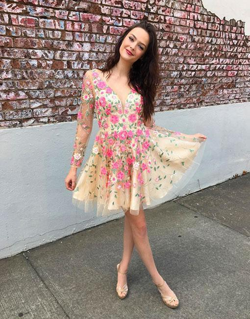 v-neck long sleeves flower appliques short homecoming dress,Sexy Cocktail