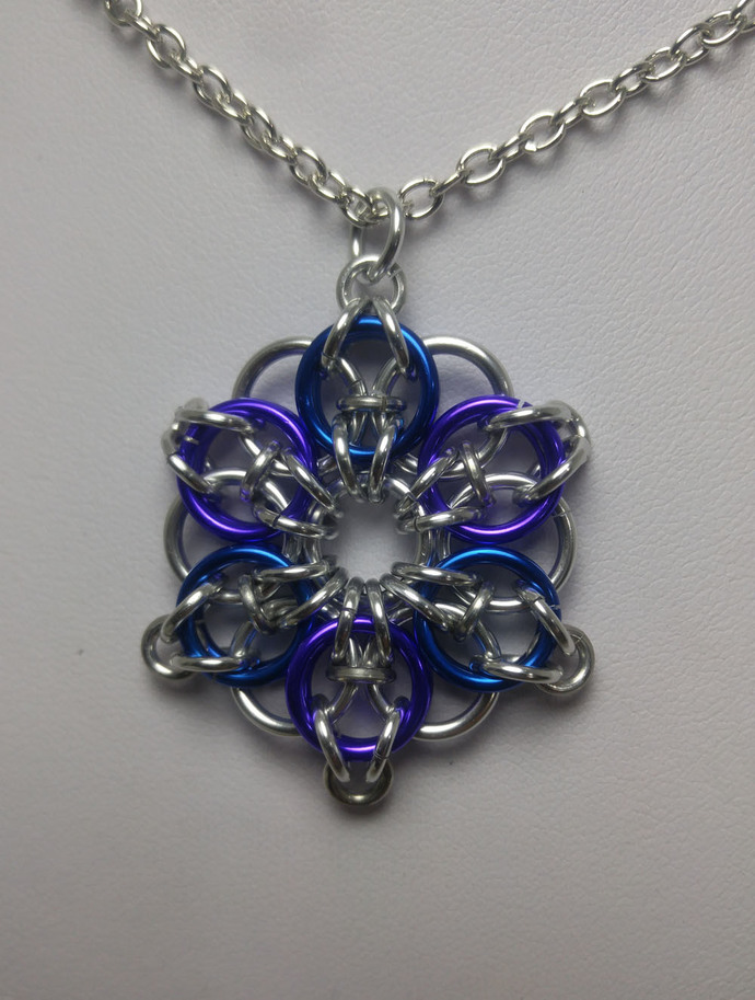 Wholesale pack Celtic star pendants. Chainmaille necklace