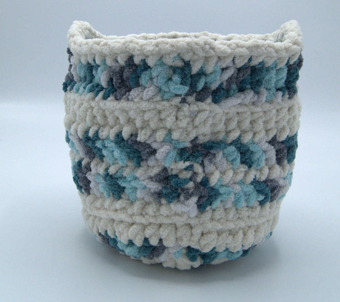 Crochet Basket/Multipurpose Crocheted Round Basket