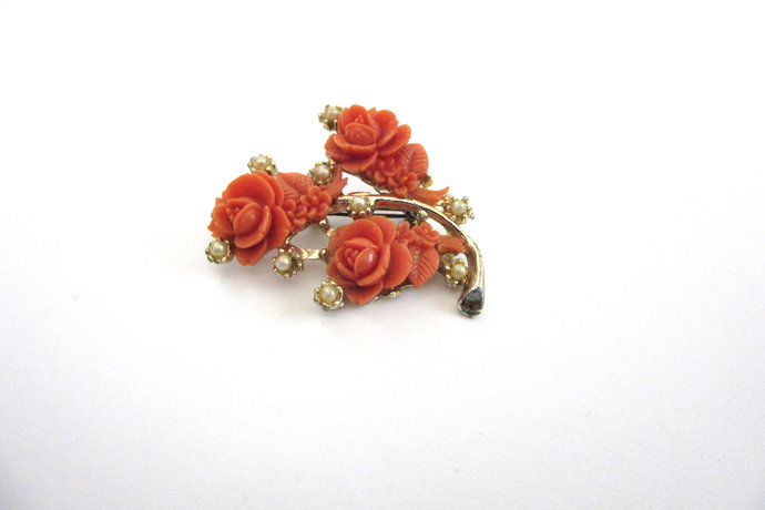 Vintage Carved Angel Skin Coral Rose Flower Brooch Nine Tiny Real White Pearls