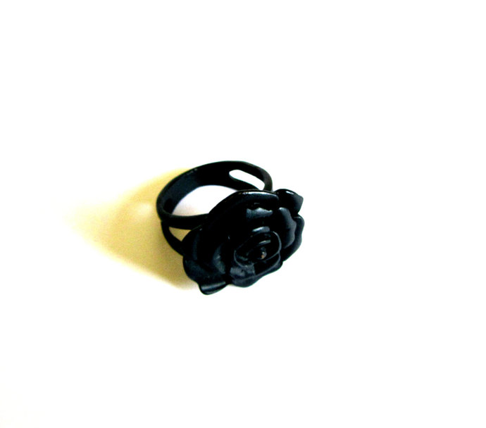 Vintage Japanned Black Enamel Flower Ring  Rose Ring Hippie Boho Ethnic Ring